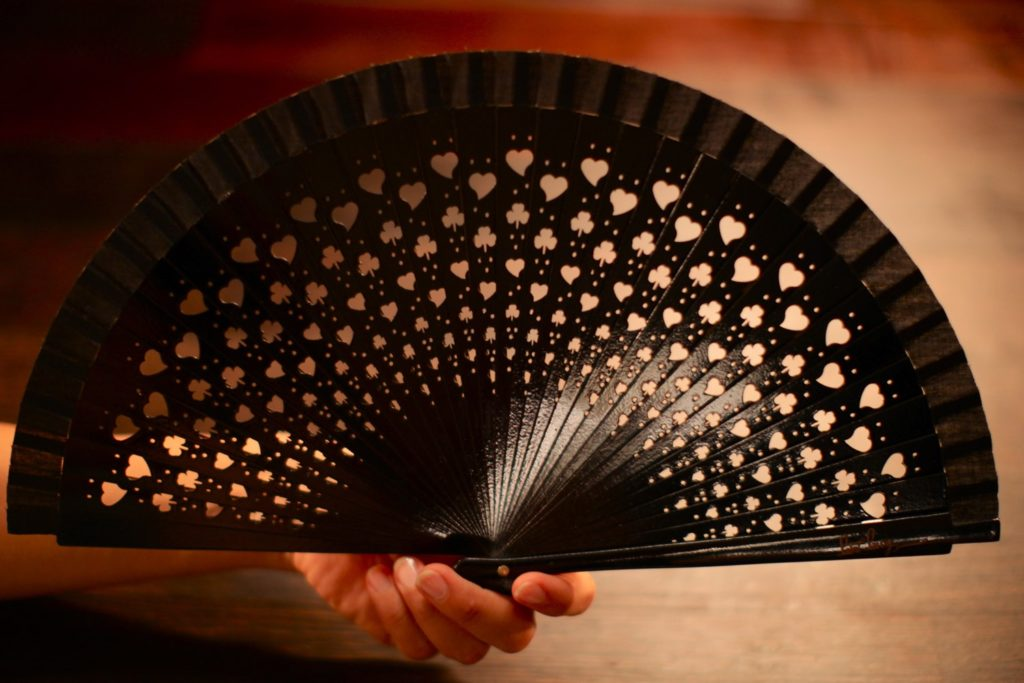 "Wooden Hand-Fan ""Luck"" Black"